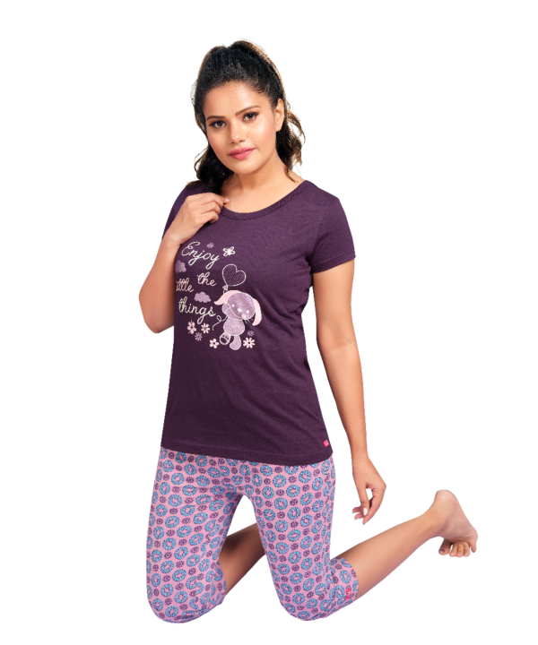 Women Sweety Printed Night Wear Cotton Top and Capri Sets